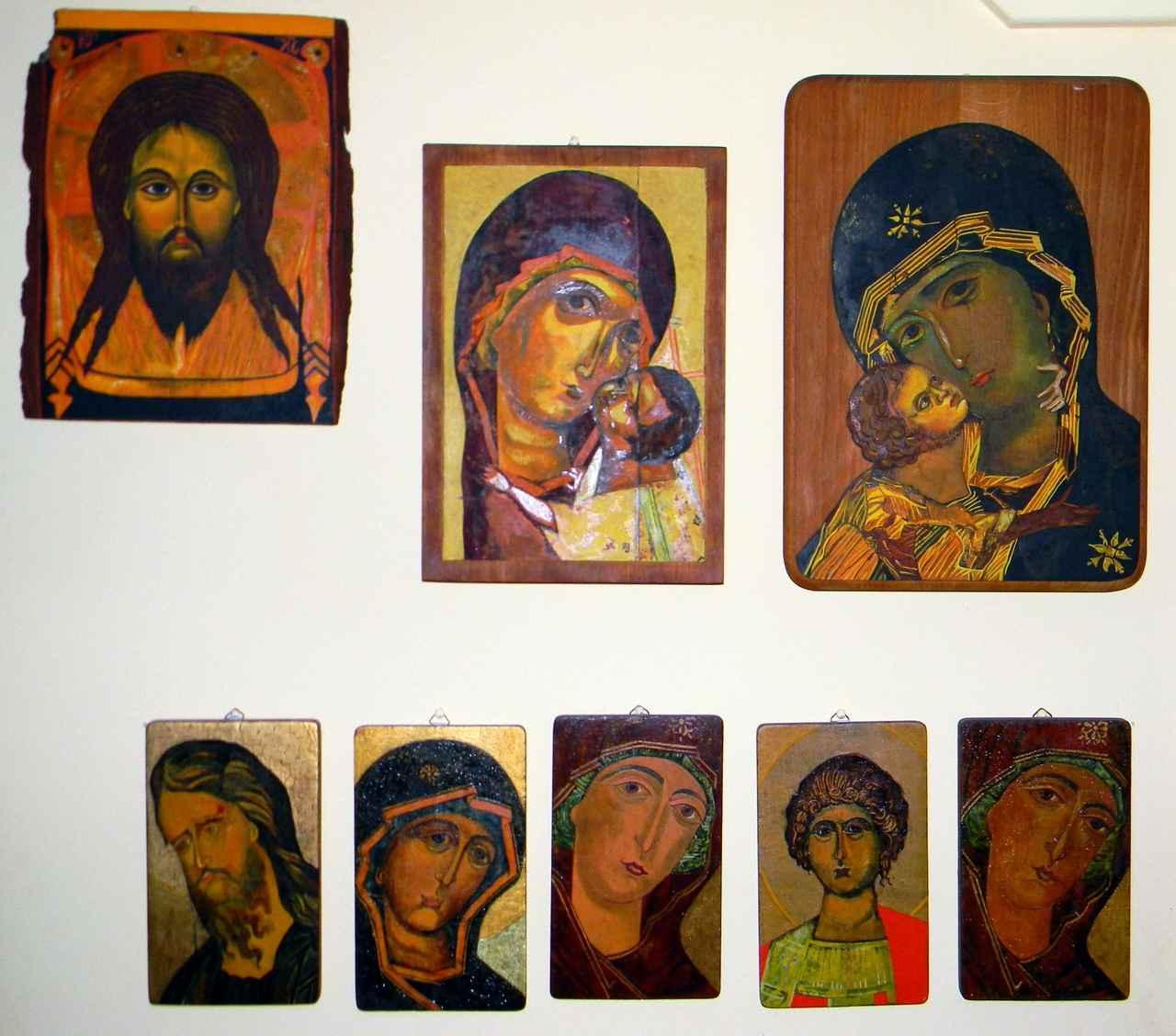 Beata-Sztark-ikony - całość zbioru zamyka się w prostokącie 70 cm x 78